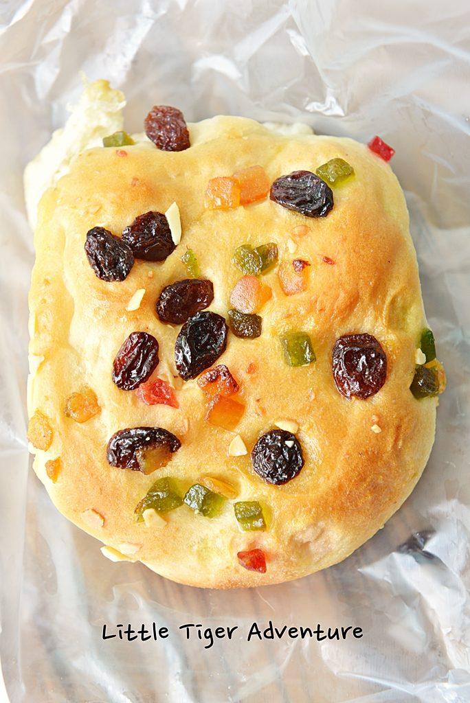 Gu Ling Jing Guai bread
